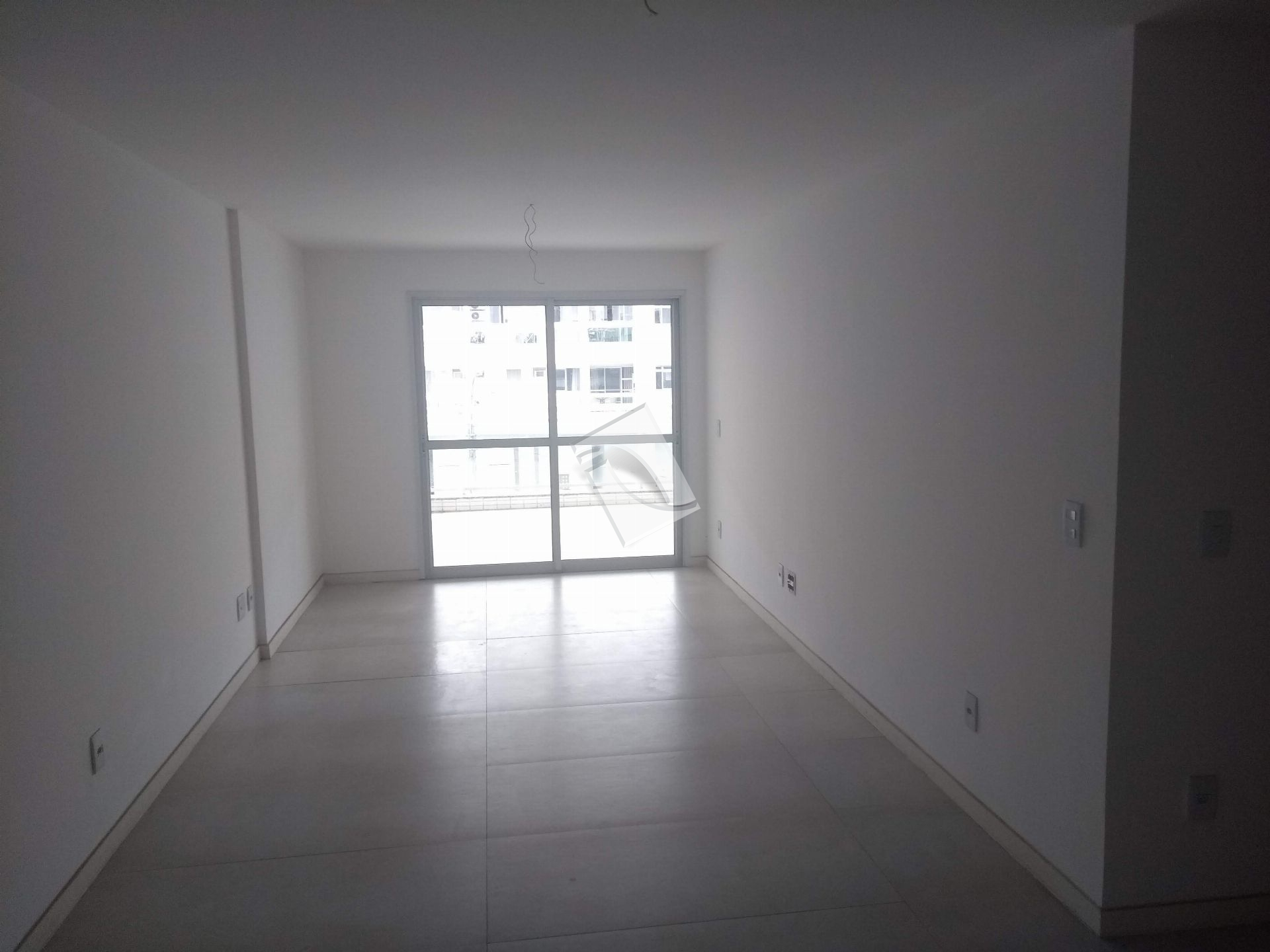 Apartamento Para Alugar - Recreio dos Bandeirantes - Rio de Janeiro - RJ - 042B - 2
