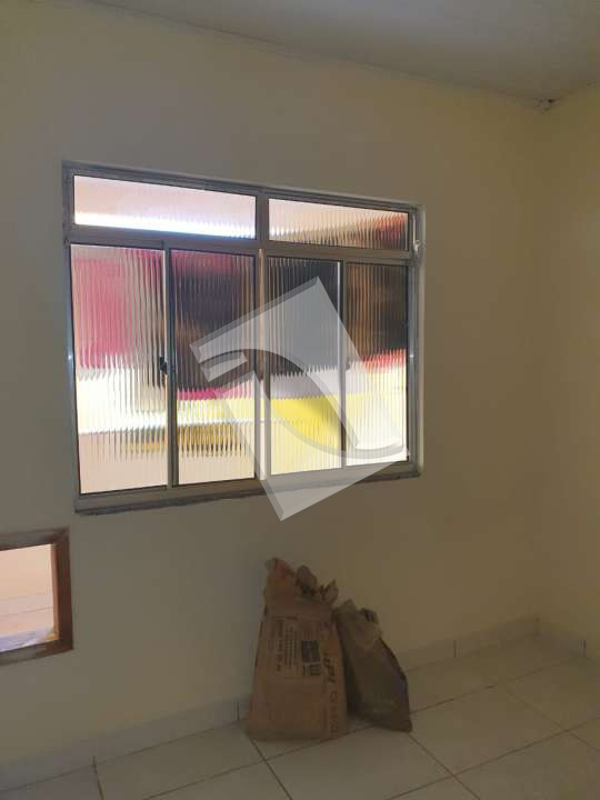 Casa para alugar Rua Jaguaribe,Vila Sarapuí, Duque de Caxias - R$ 800 - 22 - 6