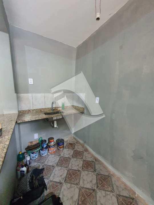 Kitnet/Conjugado para venda e aluguel Avenida Winston Churchill,Parque Centenário, Duque de Caxias - R$ 125.000 - 63 - 3